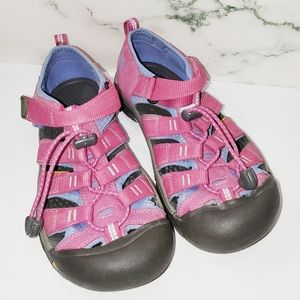 Girl's Size 4 Pink Keen Shoes